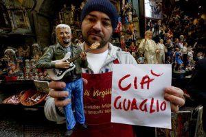 Pino Daniele: ciao guaglio', il saluto su presepe Napoli