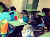 """Inutile la protesta all'Istituto """"Gandhi"""": gli alunni ritornano nelle aule fredde"""