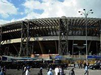 """Pericolo baby gang: accoltellato un uomo nei pressi dello stadio """"San Paolo"""""""