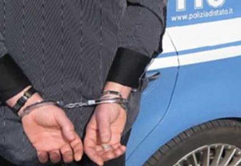 Ventiduenne Napoletano arrestato a Ischia per detenzione e spaccio di droga