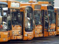 Caos mezzi di trasporto: lavoratori Anm e CTP a palazzo San Giacomo