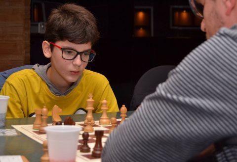 Festival di scacchi di Montesilvano. Il casoriano Raffaele Buonanno, diventa Fide Master.
