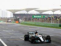 Hamilton vince per la quinta volta il Gp di Shangai: bene Vettel secondo