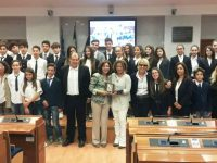 Campania, ragazzi in aula, di Scala (FI): dagli alunni della Baldino di Barano straordinaria lezione istituzionale
