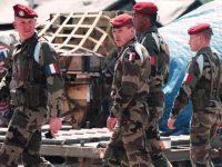 Militari francesi investiti da un auto alle porte di Parigi. L'incubo terrorismo alle porte?
