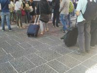 Stazione di Napoli centrale, ancora disagi per i pendolari