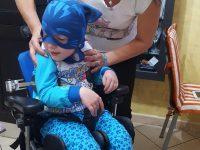 """Ha cinque anni ma necessita di cure mediche periodiche e costose, la famiglia:""""Aiutateci!"""""""