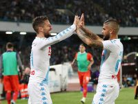 NAPLES, ITALY - MAY 20:  Lorenzo Insigne and Dries Mertens of SSC Napoli celebrate the 4-1 goal scored by Dries Mertens during the Serie A match between SSC Napoli and ACF Fiorentina at Stadio San Paolo on May 20, 2017 in Naples, Italy.  (Photo by Francesco Pecoraro/Getty Images)