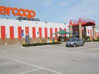 Centro Commerciale Ipercoop Afragola-Acerra- Arrestato un uomo che aveva rapinato una coppia di anziani.
