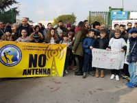 """Protesta """"no antenna"""": partita la petizione popolare"""