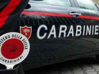"""Afragola: appena 18enne con 3 passeggeri minorenni fugge all'""""alt"""" dei carabinieri, li speronano e fuggono a piedi, un arrestato e 3 denunciati"""