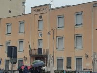"""Il circondario di Napoli Nord in marcia contro la delocalizzazione del tribunale da Napoli a Aversa. I protestanti:""""Abbiamo già raccolto 15000 firme!"""""""