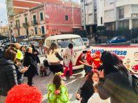 """""""Sei di Casoria se… Ti scatti…""""oltre un centinaio di persone stamattina in Piazza Cirillo"""
