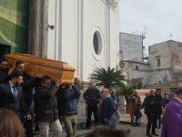 Casoria saluta il suo concittadino Salvatore Avellino: funerali oggi alla chiesa di San Benedetto