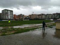Troppa pioggia per il manto del san Mauro, sospesa e rinviata Casoria-Giugliano.