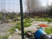 """""""La Pista"""" un terreno abbandonato a soli 50 metri da Casoria che """"semina morte"""""""