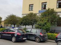 Spaccia droga a studenti minorenni. Carabinieri di Casoria arrestano una 29enne