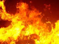 """Incendio doloso ieri a Casoria: le fiamme hanno """"circondato"""" l'Uci Cinema"""