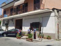 Aggressione di gruppo a scopo di rapina. Carabinieri arrestano 5 minori, 2 sono di Casoria. Le vittime erano state pestate a calci e pugni e con una noccoliera