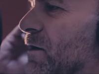"""Gianfranco Gallo in """"Sera Accussì"""". Una canzone bellissima completata dalla regia del talento partenopeo Paolo Cipolletta"""