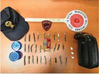 Vendeva droga in casa: polizziotti arrestano trentaduenne ad Afragola, beccato sul fatto.
