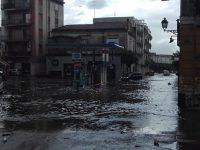 """""""Pioggia"""" di polemiche e preoccupazioni sullo stato della città"""