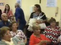 Casoria : la protesta degli anziani del centro polivalente di Cittadella Arpino