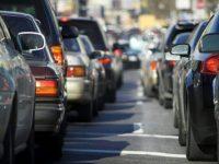 Blocco stradale stamattina nei pressi del centro Mediaword: un camion paralizza la circolazione per ore