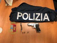 Casoria: arrestato 30enne con pistola in casa.