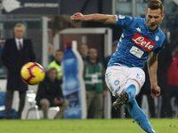 Cagliari-Napoli: 0-1. Il Napoli non molla e si riporta a 8 punti dalla Juve