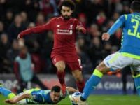 Il Napoli ad Anfield perde partita e Champions. Si aprono le porte dell'Europa League