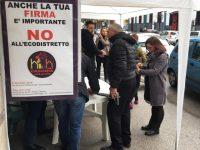 Oltre 3000 firme raccolte per dire no all'Ecodistretto, Casoria compatta oppone il suo veto