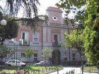 Il Comune di Arzano non ha più un sindaco: la sfiducia dei 13 consiglieri e la fine dell' amministrazione Esposito!