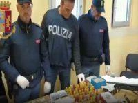 Video polizia arrestate 3 persone a Casoria sequestrato arsenale