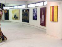 L' arte che annulla il crimine!  Antonio di Manfredi aggiunge un' altra X all' installazione Maybe!