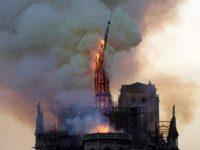 Spente le fiamme a Notre-Dame, ricostruzione milionaria di 10/15 anni