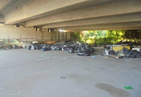 I cittadini denunciano: strade in stato di degrado e abbandono