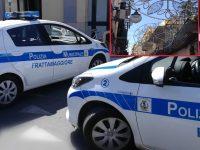 Frattamaggiore. Luminarie abusive bloccate  dall'intervento della polizia locale, denunciate diverse persone.