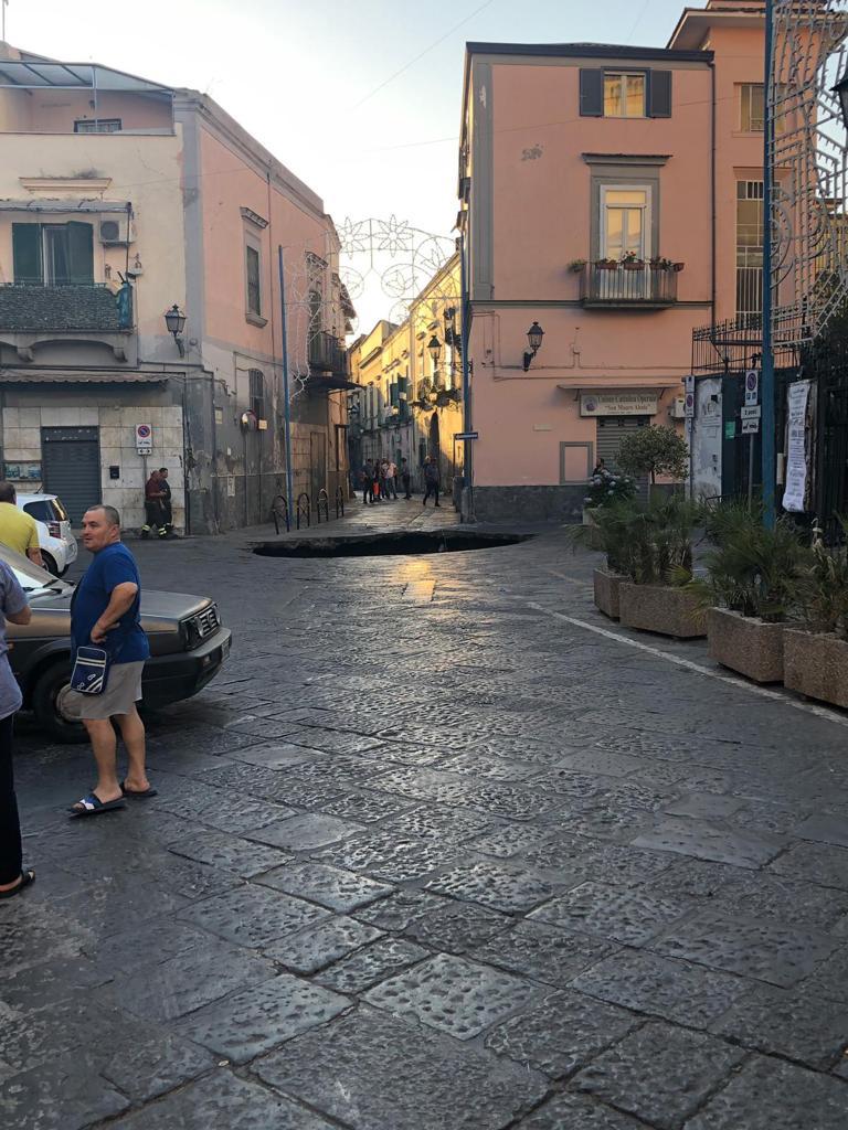 Lavoro Come Architetto Napoli riceviamo e pubblichiamo.voragine a casoria, architetti