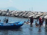 """""""Nuotiamo e surfiamo  insieme a Mappatella Beach"""":"""
