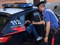 Afragola: Droga in cucina e proiettili sul comodino. 18enne arrestato dai carabinieri