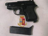 Afragola: Controlli della Polizia di Stato nel Rione Salicelle. Rinvenuta una pistola