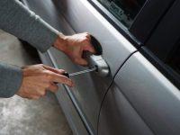 Carabiniere arresta ladro poco prima di intraprendere il servizio. Stava tentando di rubare un auto insieme ad un complice ad Arpino/Casoria