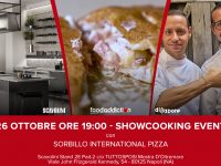 L'amore in tavola: la pizza di Sorbillo protagonista in uno show-cooking durante la fiera del wedding