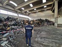 Casavatore: 500 mc di rifiuti stoccati illecitamente. Una denuncia dei carabinieri