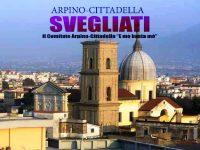"""Corteo del comitato di quartiere """"E mo basta mò"""" ad Arpino-Cittadella."""