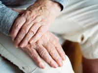 COVID19 – Assistenza domiciliare – Su richiesta del medico, un kit per i pazienti e ad Ischia l'ospedale va a casa dei malati