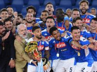 Napoli's players with coach Gennaro Gattuso and President Aurelio De Laurentiis celebrate with the trophy after winning the Italy Cup Final soccer match against Juventus FC at the Olimpico stadium in Rome, Italy, 17 June 2020.   ANSA/ETTORE FERRARI