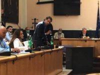 Casoria: consiglio comunale, la questione della scuola di Arpino e il ricordo di Suor Elvira
