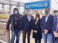 M5S, da Battipaglia a Roma in 1ora e 50minuti. L'alta velocità diventa realtà, con la prima fermata a Battipaglia del treno Frecciargento.